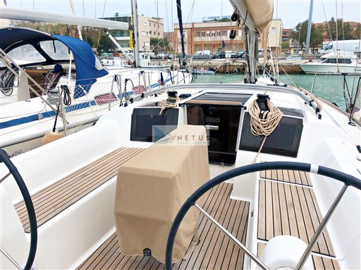 Dufour 350 Grand Large - 34