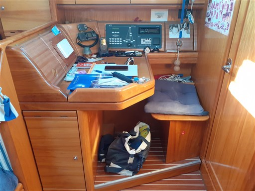 Bavaria 37 Cruiser 14