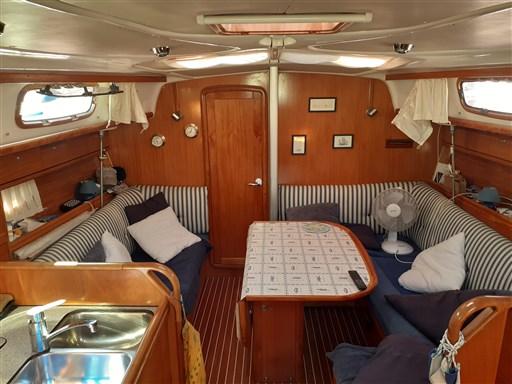 Bavaria 37 Cruiser 10