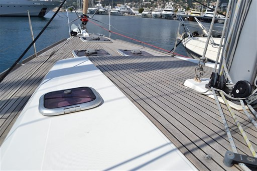 Dufour Yachts 450 Grand Large 4