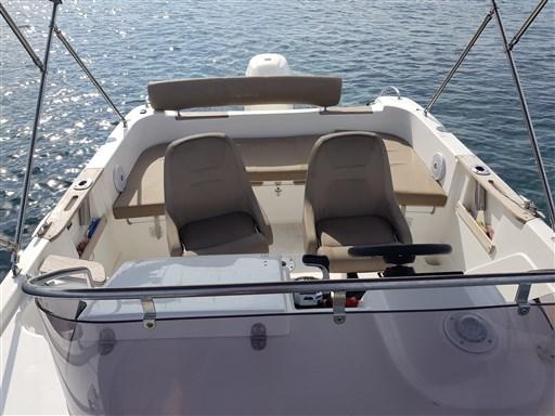 B2 Marine Cap Ferret 652 6