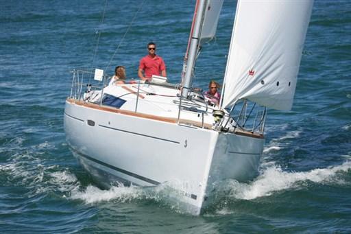 Beneteau OCEANIS 37 1