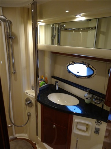 Fairline PHANTOM 40 15