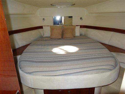 Fairline PHANTOM 40 11