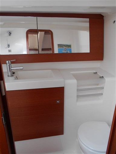 Dufour Yachts 380 Grand large 16