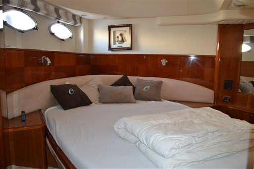 Princess Yachts V58 18