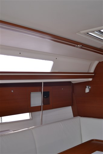 Dufour Yachts 375 Grand Large 9