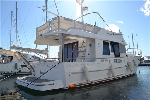 Beneteau Swift Trawler 44 4