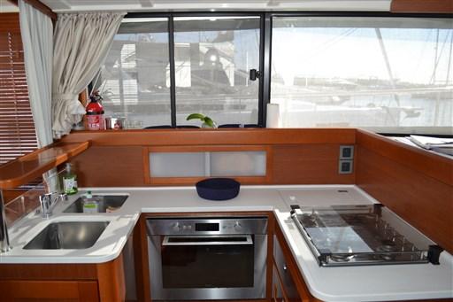 Beneteau Swift Trawler 44 11