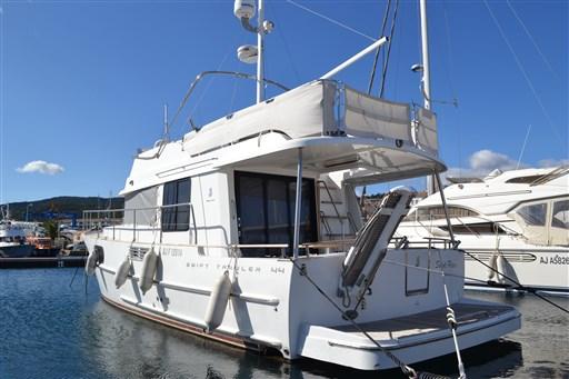 Beneteau Swift Trawler 44 3