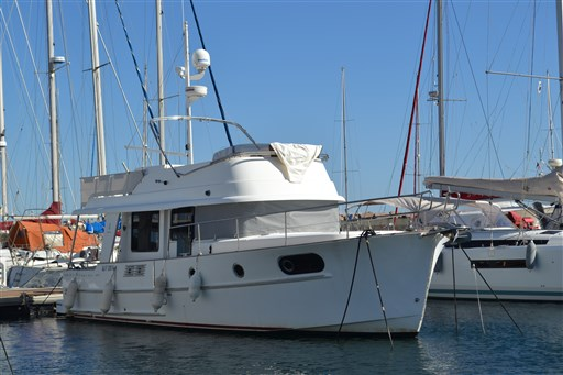 Beneteau Swift Trawler 44 2
