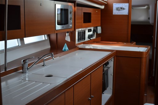 Dufour Yachts 375 Grand Large 2