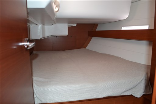 Dufour Yachts 450 Grandlarge 10