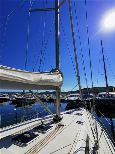 Dufour Yachts 450 Grand Large 2