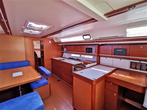 Dufour Yachts 450 Grand Large 5