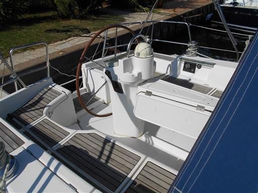Beneteau Oceanis 393 6