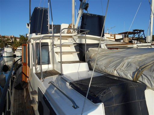 American Marine GRAND BANKS 36 CL 2