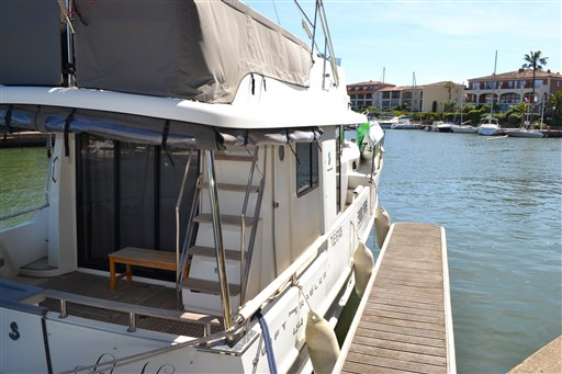 Beneteau Swift Trawler 44 4