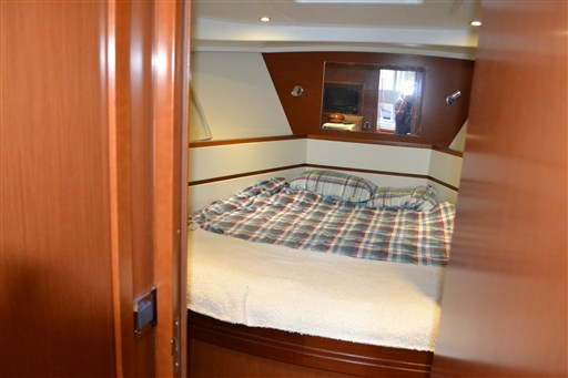 Beneteau Swift Trawler 44 10