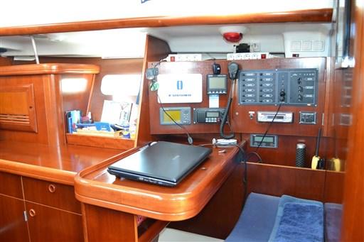 Beneteau Oceanis 393 Clipper 15