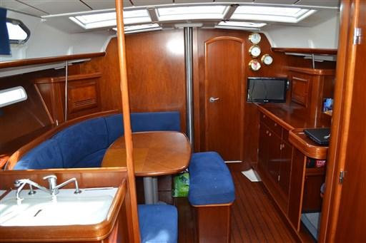 Beneteau Oceanis 393 Clipper 13