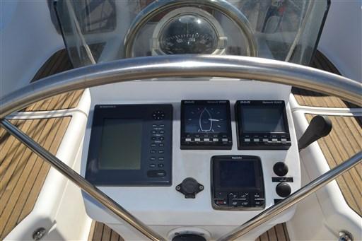 Beneteau Oceanis 393 Clipper 9