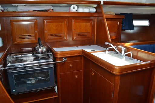 Beneteau Oceanis 393 Clipper 18