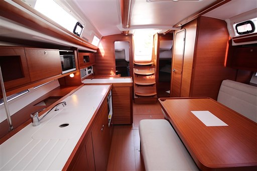 Dufour Yachts 380 Grand large 3