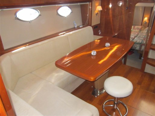 Princess Yachts V 53 10