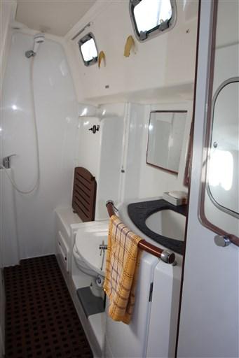 Beneteau OCEANIS 42 CC 6