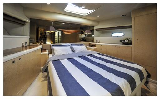 Princess Yachts 65 18