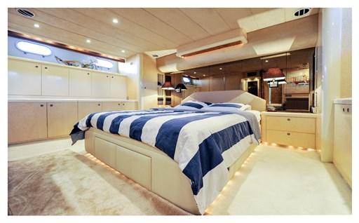 Princess Yachts 65 15
