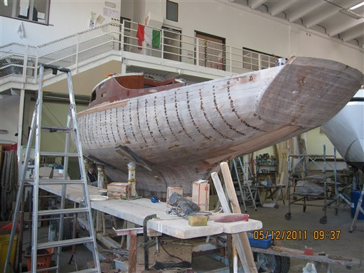 ab telfa king's cruiser in restauro
