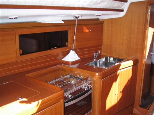 Abayachting Grand Soleil 37 B&C Cantiere del Pardo 9