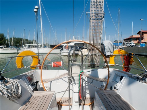 Abayachting Cantiere del Pardo Grand Soleil 45 Frers 12