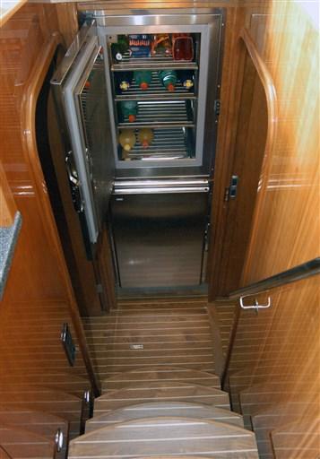 Privilege_585_dettaglio discesa cabine
