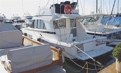 Riviera Marine 36 Convertible