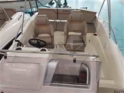 Quicksilver QUICKSILVER 605 sundeck 10