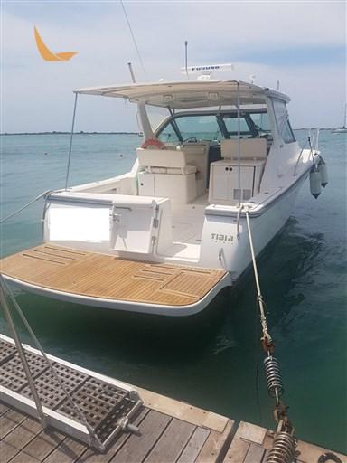 Tiara Yachts 3200 Open (2004)