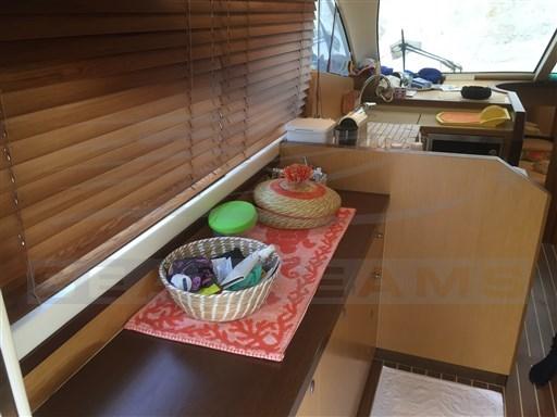 Doqueve 43 base mobile divano